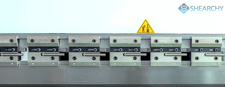 Hydraulic-press-brake-tooling-clamps